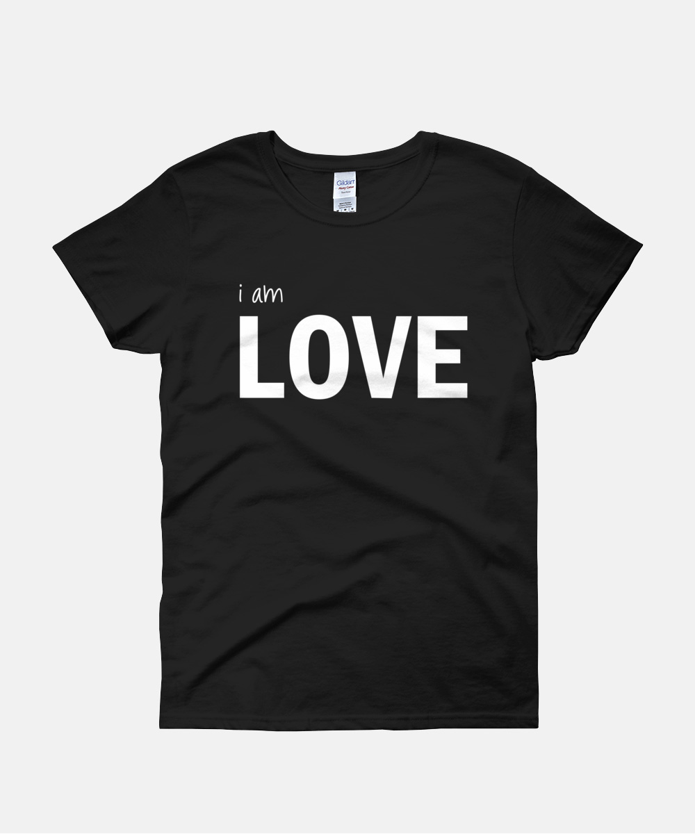 I am Love Women T-Shirt - Purple